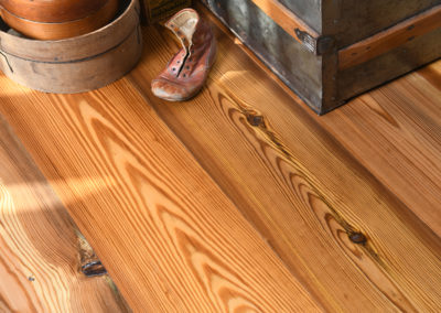 Reclaimed Pine - Riverwood Plainsawn Primary